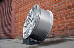 RoadForce wheel RF24  20x10 brush Silver