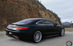 Mercedes S coupe on 22x9 22x10.5 RoadForce RF15 Silver Machine face
