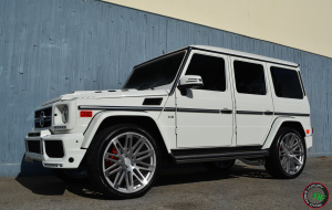 G wagon on 24x10 RoadForce RF24 Silver Machine face
