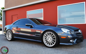 Mercedes SL550 on 20x8.5 front 20x10 rear RoadForce RF15 Silver Machine face