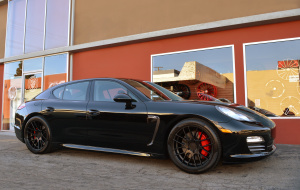 Porsche Panamera on 20x9 20x10.5 RoadForce RF008 Matte black finish